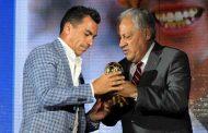 Deportes: Esteban Paredes fue elegido como el mejor jugador de 2017 en la Gala del Fútbol de la ANFP