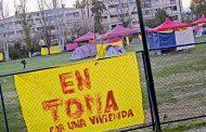 Alcalde Zarhi pide desalojar a comité de allegados desde colegio municipal de Ñuñoa